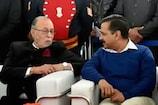 LGએ પલટાવ્યો કેજરીવાલ સરકારનો નિર્ણય, કહ્યું - કોઈપણ કરાવી શકે છે દિલ્હીમાં સારવાર