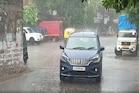 Photos : સુરતમાં વરસાદની ધમાકેદાર એન્ટ્રી, ગરમીથી રાહત મળતા લોકો ઝૂમી ઉઠ્યા
