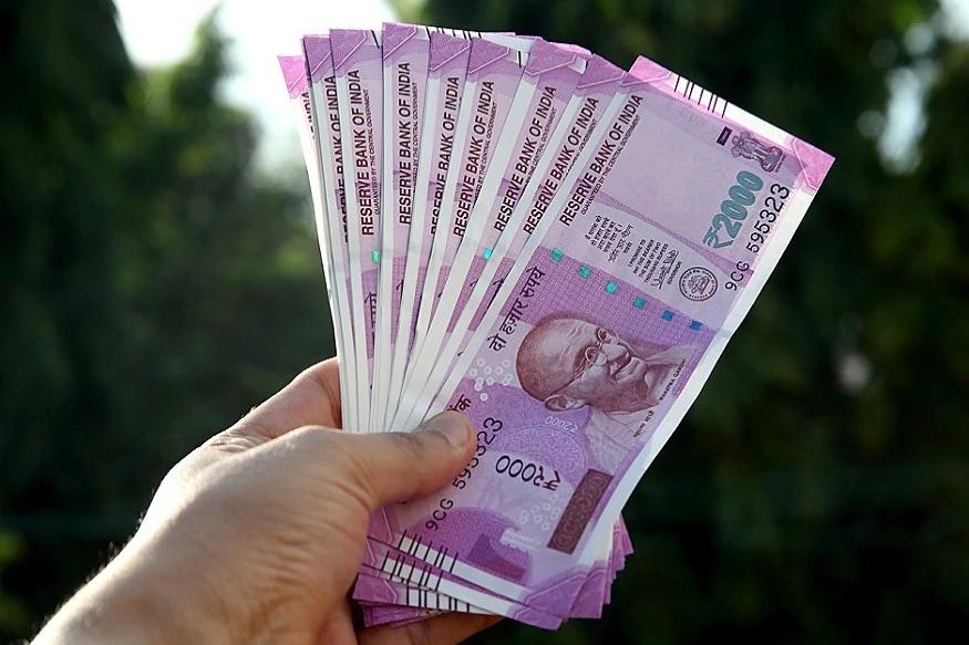 અનેક એનાલિસ્ટે તેવું અનુમાન લગાવ્યું કે નાણાંકીય વર્ષ 2021માં ભારતીય અર્થવ્યવસ્થામાં લગભગ 5 ટકા ઘટાડો આવશે. જેનું મોટું કારણ બનશે લોકડાઉન. કેટલાક એનાલિસ્ટે આ અનુમાન 7.2 ટકા સુધીનું જણાવ્યું છે.