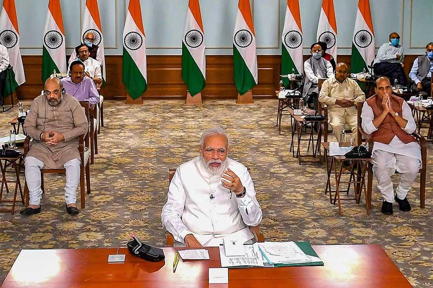 નવી દિલ્હી : વડાપ્રધાન મોદી (PM Narendra Modi) 27મી જુલાઈના રોજ દેશમાં ઇન્ડિયન કાઉન્સિલ ઑફ મેડિકલ રિસર્સ (ICMR)ની ત્રણ નવી લેબનું ઉદ્ઘાટન કરશે. પીએમ મોદી વીડિયો કૉન્ફરન્સ (Video Conference)ના માધ્યમથી ઉત્તર પ્રદેશના નોઇડા (Noida), મહારાષ્ટ્રના મુંબઈ (Mumbai) અને પશ્ચિમ બંગાળના કોલકાતા (Kolkata) ખાતે આ લેબ (Lab)નું ઉદ્ઘાટન કરશે. આ કાર્યક્રમમાં જે તે રાજ્યના મુખ્યમંત્રી પણ જોડાશે.