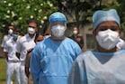 કોરોનાઃ એક દિવસમાં ફરી નોંધાયા 24 હજારથી વધુ કેસ, 24 કલાકમાં 425 દર્દીનાં મોત
