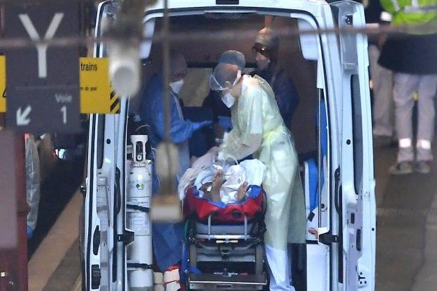 સુરતમાં આજે વધુ 4 મૃત્યુ થતા કુલ મૃત્યુની સંખ્યા 1169 થઈ છે. જેમાંથી 288મૃત્યુ જિલ્લાના છે અને 881 શહેર વિસ્તારના છે. આજે શહેરમાંથી 503 જ્યારે જિલ્લામાં આજે 101 દર્દીને રજા આપતા, કુલ 604 દર્દીઓ કોરોનાને માત આપીને ઘરે ગયા છે. જેથી કુલ રિકવર થયેલા દર્દીઓની સંખ્યા 58,759 થઈ છે. જેમાં 13369 દર્દી ગ્રામ્ય વિસ્તારના છે.