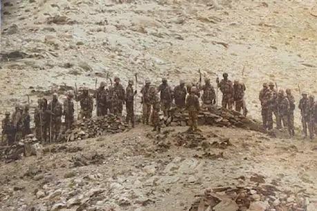 ભારતીય પોસ્ટ પાસે ભાલા અને બંદૂક સાથે ચીની સૈનિકોની તસવીર સામે આવી