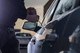 અમદાવાદમાં ચોરીની નવી રીત : ગાડીની નીચે કંઈ ફસાયું છે, જોવા જતા બેગ થઈ ગાયબ