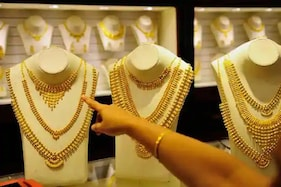 અમદાવાદ: નવરાત્રી પહેલા Silverમાં 1000નો ઉછાળો, જાણીલો Gold-Silverના આજના ભાવ