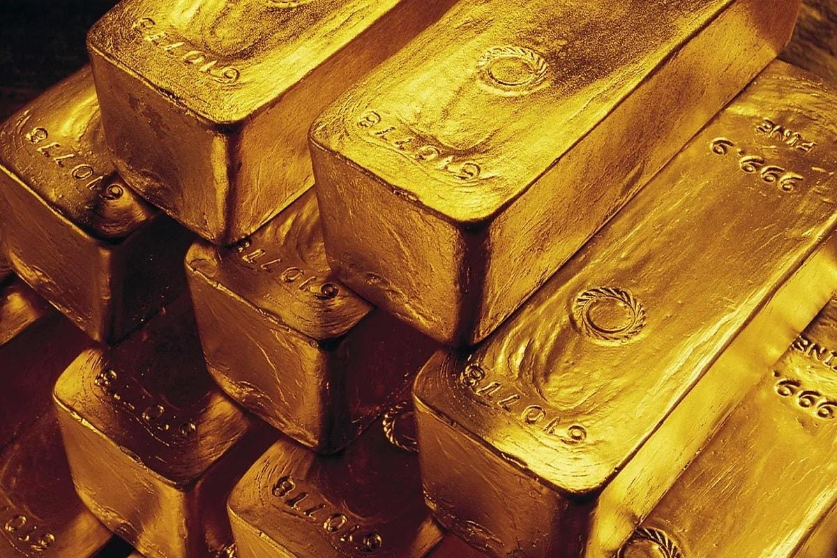 જાન્યુઆરીમાં Gold ETFમાં થયો વધારો - જાન્યુઆરી મહિનામાં Gold ETFમાં 625 કરોડ રૂપિયાનું રોકાણ કરવામાં આવ્યું છે જે તેના અગાઉના મહિનાની તુલનામાં 45 ટકા વધુ હતું. એએમએફઆઇના આંકડાઓ Gold ETFમાં રોકાણ ડિસેમ્બરના અંતમાં 14,174 કરોડ રૂપિયાની સામે જાન્યુઆરી અંતમાં 22 ટકાના વધારાની સાથે 14,481 રૂપિયા થઈ ગયું. (પ્રતીકાત્મક તસવીર)