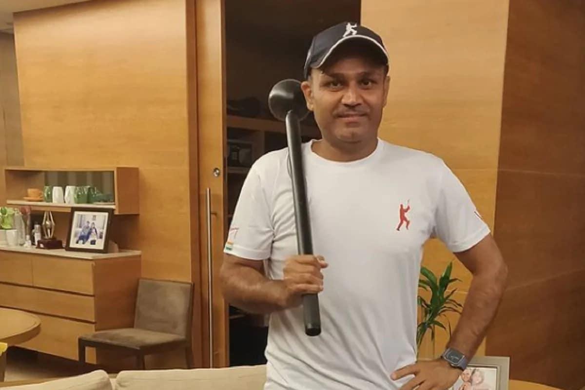 નવી દિલ્હી : ટીમ ઇન્ડિયાનો ઓસ્ટ્રેલિયાનો પ્રવાસ અંતિમ પડાવ પર છે. ટીમ 15 જાન્યુઆરીથી બ્રિસબેનમાં ચોથી અને અંતિમ ટેસ્ટ રમવા માટે ઉતરશે. જોકે ટીમ ઇન્ડિયા હાલ ખેલાડીઓની ઇજાથી ઝઝુમી રહી છે. એક પછી એક ભારતીય ખેલાડીઓ ઇજાગ્રસ્ત થઈ રહ્યા છે. (ફોટો ક્રેડિટ - વીરેન્દ્ર સેહવાગ ઇંસ્ટાગ્રામ)
