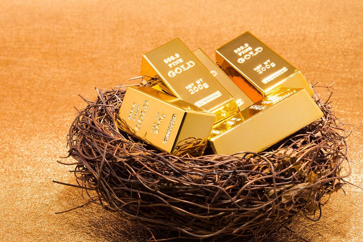 RBIના રીપોર્ટ અનુસાર ગોલ્ડ રીઝર્વ(Gold Reserves)માં પણ 19મી માર્ચના રોજ પુરા થતા સપ્તાહે સામાન્ય વધારો થયો છે. ગોલ્ડ રીઝર્વમાં 8 કરોડ ડોલરનો વધારો થયો છે અને તે 34.63 અબજ ડોલર થયું છે. ગોલ્ડ રીઝર્વમાં સતત બીજા સપ્તાહે વધારો જોવ મળવાનું કારણ વૈશ્વિક સ્તર પર સ્થિર રહેલ સોનાના ભાવ છે.
