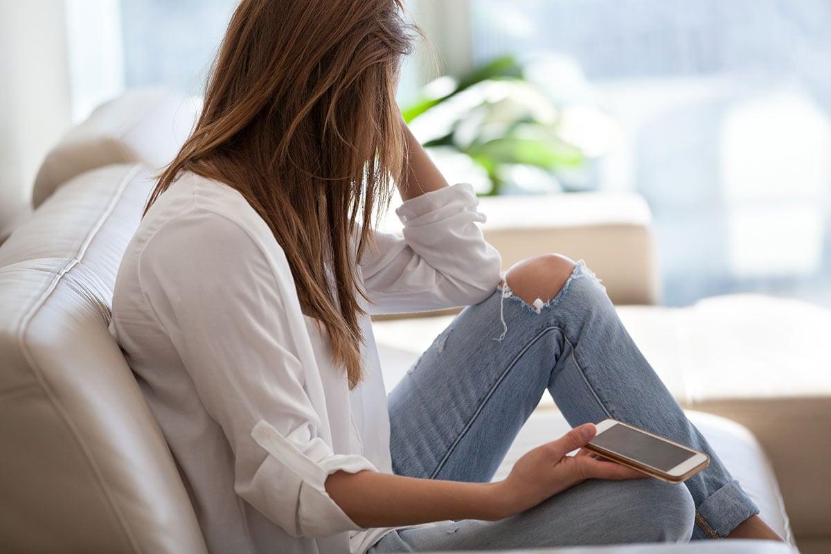 અમદાવાદ: MBBSનો અભ્યાસ કરતી યુવતીને અચાનક આવવા લાગ્યા મેસેજ, યુવતીએ નોંધાવી ફરિયાદ