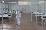 Explained: કોરોના વાયરસ હવાથી કેવી રીતે ફેલાય છે? આ રહ્યા સંશોધકોના 10 પુરાવા