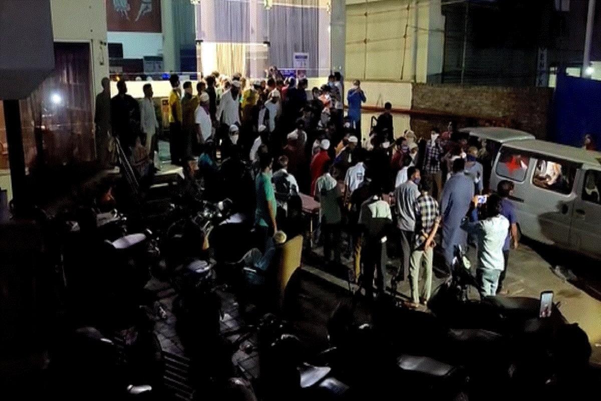 Bhavnagar Gujarat Hotel covid care center massive fire emergency– News18  Gujarati