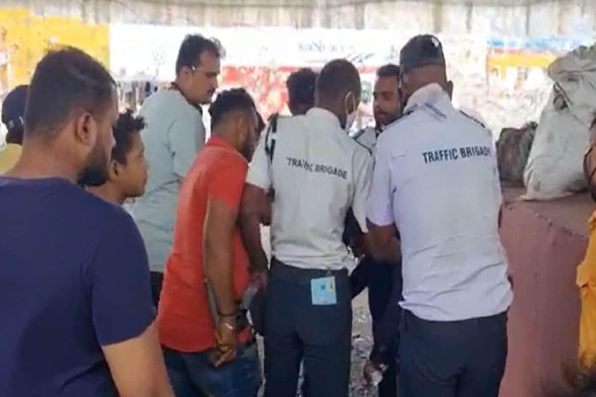 સુરત : મોબાઇલ સ્નેચર રંગેહાથ ઝડપાતા ધમાચકડી, લોકોએ કાયદો હાથમાં લઈ કરી ધોલાઈ, Viral થયો Video