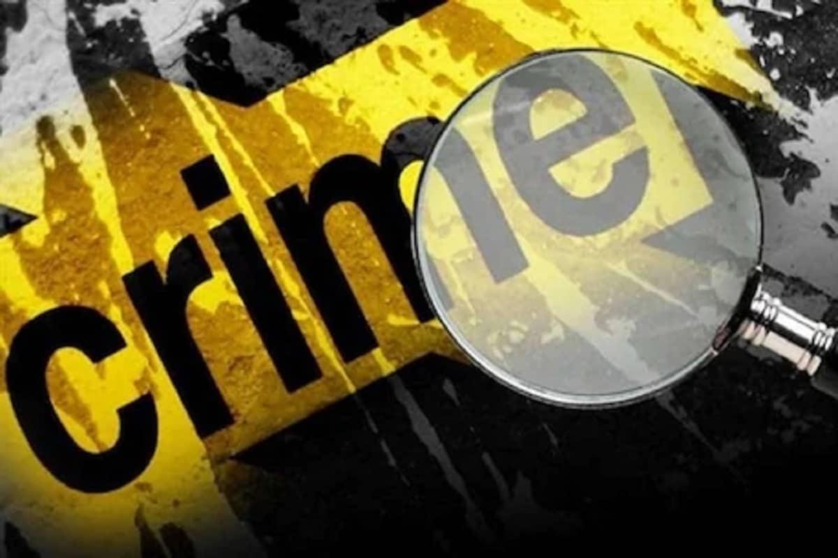 Crime News: દીકરાએ ઘરમાં ખેલ્યો ખૂની ખેલ, માતા-પિતા અને 9 વર્ષના ભાઈની હત્યા કરી, પછી કર્યો આપઘાત