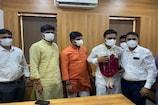 ગુજરાત યુનિવર્સિટીમાં સેનેટ વેલ્ફેર-સિન્ડિકેટ મેમ્બરે ચાર્જ લીધો, સોશિયલ ડિસ્ટન્સનો ભંગ