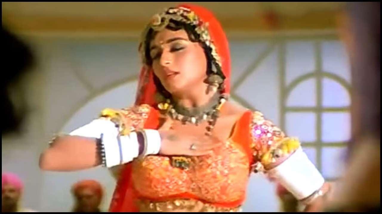 MADHURI DIXITએ શેર કરી 'ચોલી કે પી છે..' ગીત પર મેકિંગ VIDEO