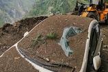 Landslide in Kinnaur: કિન્નૌર ભૂસ્ખલનના કારણે પહાડના કાટમાળમાં દબાઇ બસ, 14ના મોત