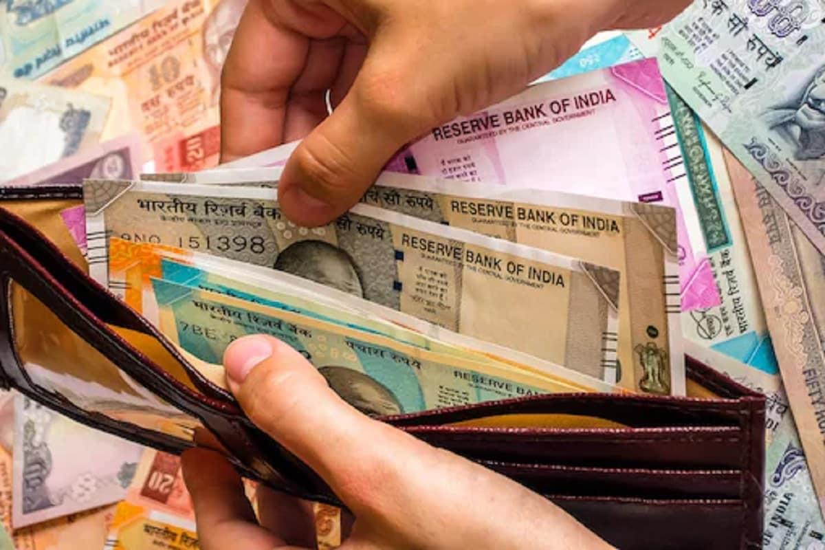 7th Pay Commission: સરકારી કર્મચારીઓ માટે ખુશખબરી! પગારમાં દર મહિને 4500 રૂપિયાનો મળશે ફાયદો, જાણો કેવી રીતે