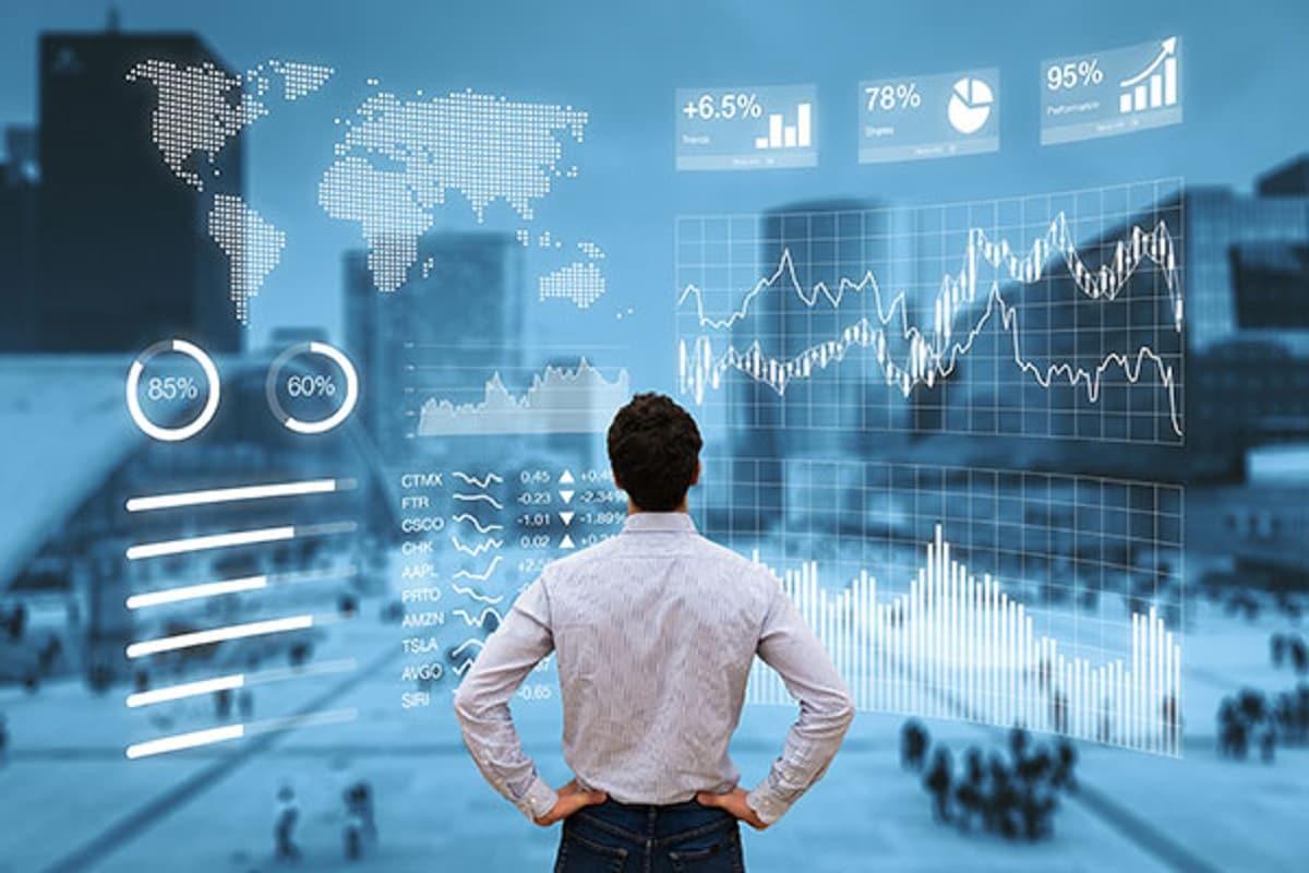 Multibagger Stock Tips: આ શેર એક મહિનામાં બમણાથી વધુ કિંમતનો થયો છે. ઝી એન્ટરટેઇનમેન્ટ એન્ટરપ્રાઇઝ લિમિટેડનો (Zee Entertainment Enterprises Limited) શેર 23 ઓગસ્ટ 2021ના રોજ, તે 170 રૂપિયા પર હતો. પરંતુ શનિવારના કારોબારમાં તે 360 રૂપિયાની આસપાસ પહોંચી ગયો છે. 1 જાન્યુઆરીએ શેર 225 રૂપિયાની નજીક હતો. આ મુજબ, 2021માં આ સ્ટોક અત્યાર સુધીમાં લગભગ 44 ટકા ઉપર ગયો છે. રાકેશ ઝુનઝુનવાલાએ (Rakesh Jhunjhunvala) પણ આ શેરમાં રોકાણ કર્યુ છે.