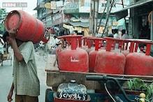 اب رسوئی گیس ہوئی مہنگی:سبسڈی والا گیس سلینڈر 2روپےاور بغیر سبسڈی والا 48 روپے مہنگا