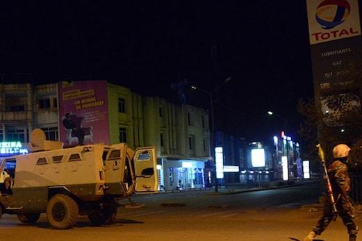 برکینا فاسو کے ہوٹل پر حملہ، کم از کم 20 ہلاک، ہوٹل سے 33 یرغمالوں کو چھڑا لیا گیا