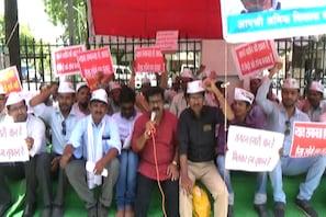 شدید آبی قلت کے پیش نظر ناندیڑ میں تعمیراتی کام پر لگی روک، مزدوروں نے  کیا احتجاجی مظاہرہ