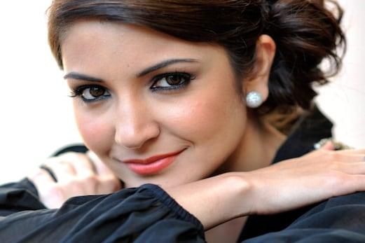 پڑھئے ، آخر انوشکا شرما نے کیوں کہا : تینوں خان کو لے کر نہیں بنا سکتی فلم