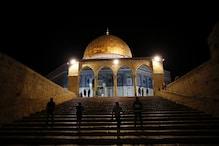 مسجد اقصی میں یہودی آباد کاروں کا دھاوا، مقدس مقام کی بے حرمتی کا سلسلہ جاری
