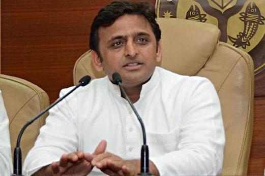 اکھلیش نے ترقی کے معاملے میں وزیر اعظم مودی کو کھلی بحث کا دیا چیلنج