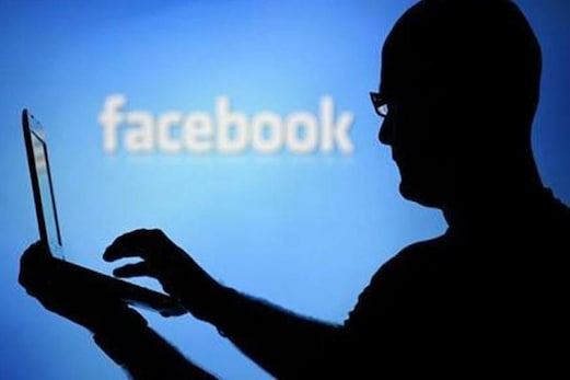 فیس بک نے بتایا : ہیکرس نے چرایا قریب تین کروڑ صارفین کا ڈیٹا