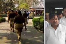 گایتری پرجاپتی کے خلاف غیر ضمانتی وارنٹ جاری، پولیس نے فارم ہاؤس پر مارا چھاپہ