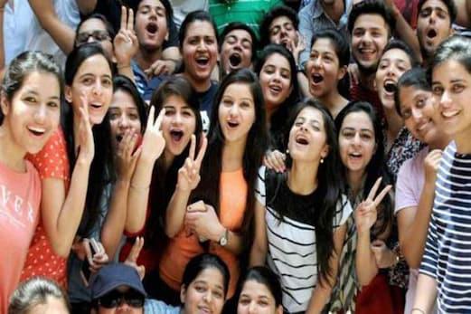 سی بی ایس ای 10 ویں کے نتائج میں الہ آباد سے بھی پچھڑی دہلی، ترویندرم-چنئی کا دبدبہ