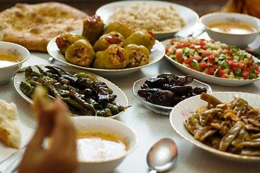 بحرین میں خاندان کے ساتھ افطار کرنا مہنگا پڑا، 16 اراکین کورونا سے متاثر