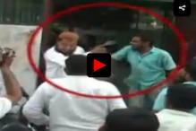 حصار میں بجرنگ دل کے کارکنوں کی غنڈہ گردی ، امام کو مسجد سے باہر نکال کر مار پیٹ کی ، بھارت ماتا کی جے بولنے کیلئے دباو ڈالا