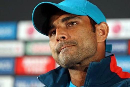 ٹیم انڈیا کے تیز گیند باز محمد شمی کو دھمکی ، گالیاں بھی دیں