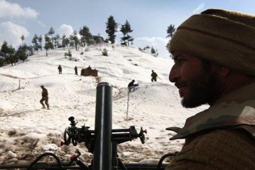 پاکستان کا الزام ، ورکنگ باؤنڈری پر ہندوستانی فوج کی فائرنگ سے 4 خواتین سمیت 6 پاکستانی شہری ہلاک