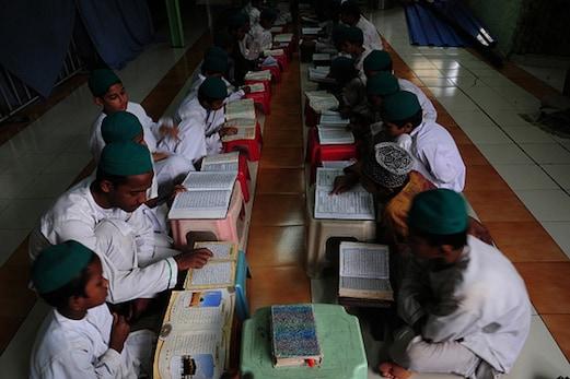 مدھیہ پردیش میں مدرسوں کو روزانہ ترنگا جھنڈا لہرانے اور قومی ترانہ گانے کی ہدایت