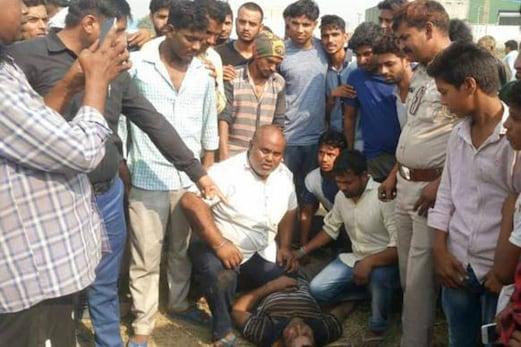 گئو رکشکوں کی غنڈہ گردی: گائے کے گوشت کے شک میں پیٹ پیٹ کر کر دیا لہولہان