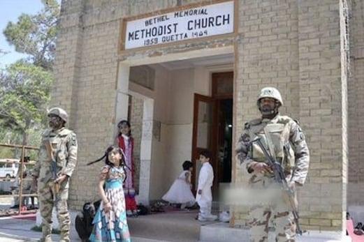 پاکستان : کوئٹہ میں زرغون روڈ پر واقع گرجا گھرپر شدت پسندوں حملہ ، 8 افراد ہلاک ، 20 سے زائد زخمی