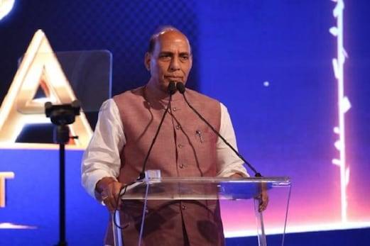 انڈیا رائزنگ سمٹ: ہم ہندوستان کو ترقی یافتہ ممالک کی قطار میں کھڑا کرنا چاہتے ہیں: راج ناتھ
