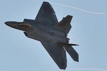 جنگی طیاروں نے مشرقی شام میں واقع دو فوجی ٹھکانوں کو نشانہ بناکر بمباری کی