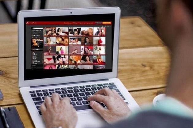 porn1.jpg LEPTOP