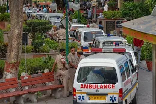 براڑی اجتماعی موت معاملہ : پولیس نے کسی بابا کے شامل ہونے کے اندیشہ کوکیا خارج