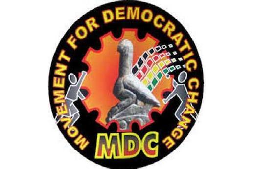 زمبابوے میں حریف پارٹی نے صدارتی الیکشن کے نتائج کو خارج کیا