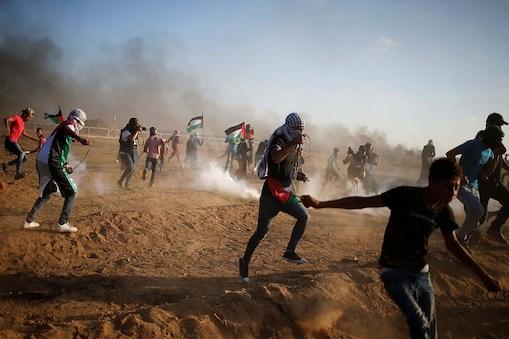 اسرائیلی فوج کے ساتھ جھڑپوں میں81 فلسطینی زخمی: فائل فوٹو، رائٹرز۔
