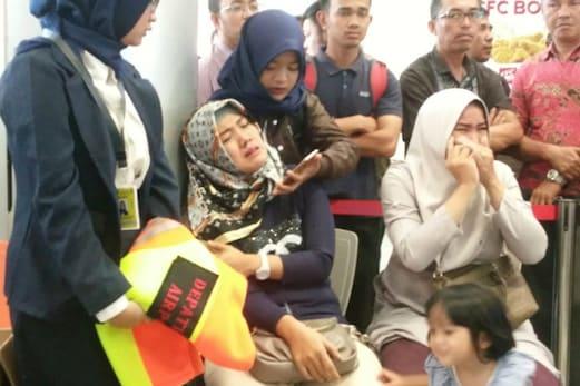 بڑا حادثہ : انڈونیشیا میں طیارہ گر کر تباہ ، 188 مسافروں کی ہلاکت کا اندیشہ