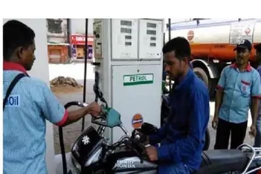 خوش خبری! پٹرول۔ ڈیزل کی قیمت میں 9 ویں دن بھی گراوٹ، 1.50 روپئے سے زیادہ گری ڈیزل کی قیمت