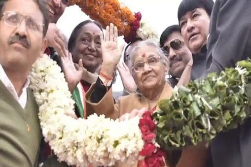 شیلادکشت نے دہلی کانگریس صدر کا چارج سنبھالا۔
