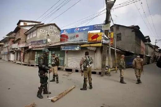 وادی میں اضافی سکیورٹی فورسز پر کشمیر کے لیڈران نے فکرمندی کا کیا اظہار، پوچھا۔ کچھ ہونے والا ہے کیا؟