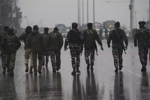 کشمیر میں یوم آزادی پر مودی حکومت کا ہے یہ منصوبہ، اس لئے بڑھائے گئے فوجی