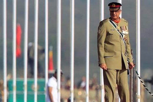 وزیر اعظم عمران خان کو بڑا جھٹکا، جنرل باجوہ ہی بنے رہیں گے پاکستان کے فوجی سربراہ